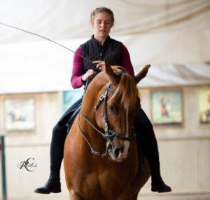 Julika Tabertshofer bei der Calm Horse Academy